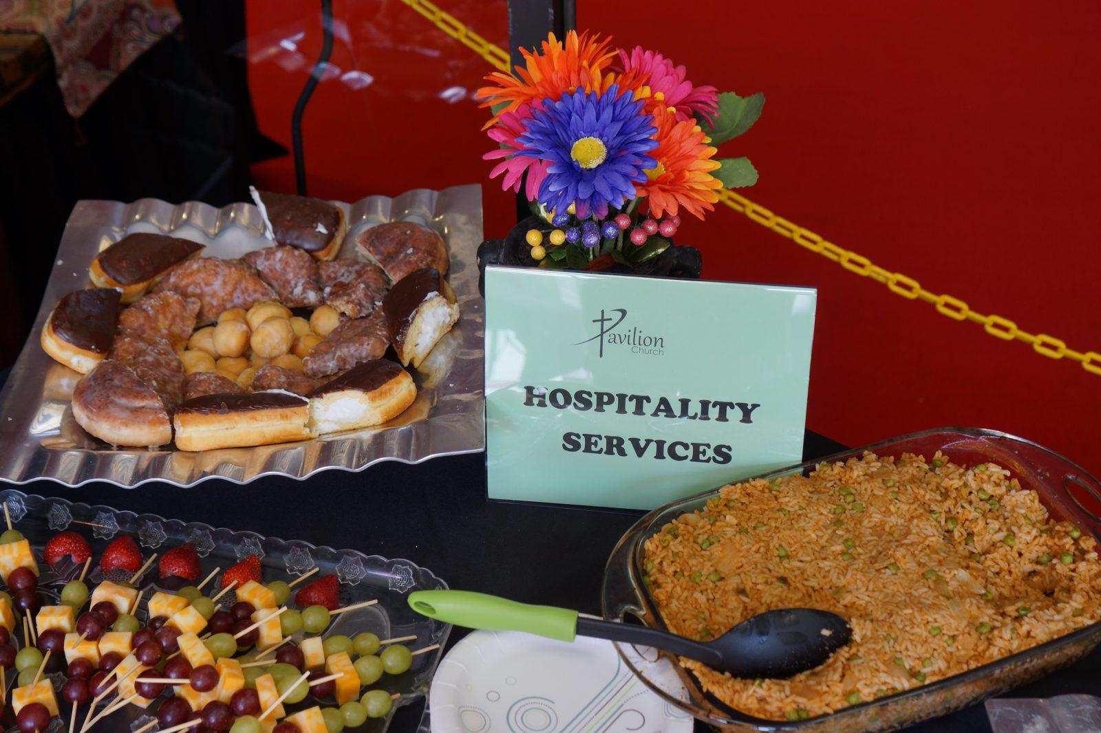 FOOD HOSPITALITY TEAM